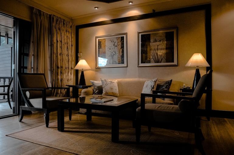 Lampy z abażurami – jak je dobierać do domowych wnętrz?