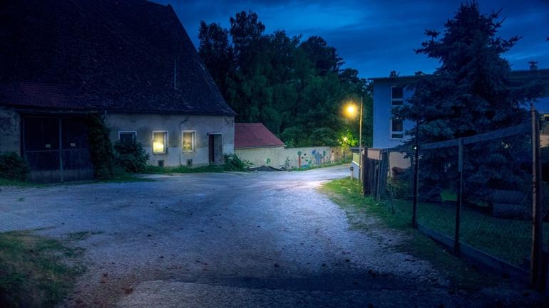 Nowoczesne oświetlenie zewnętrzne domu – najciekawsze propozycje