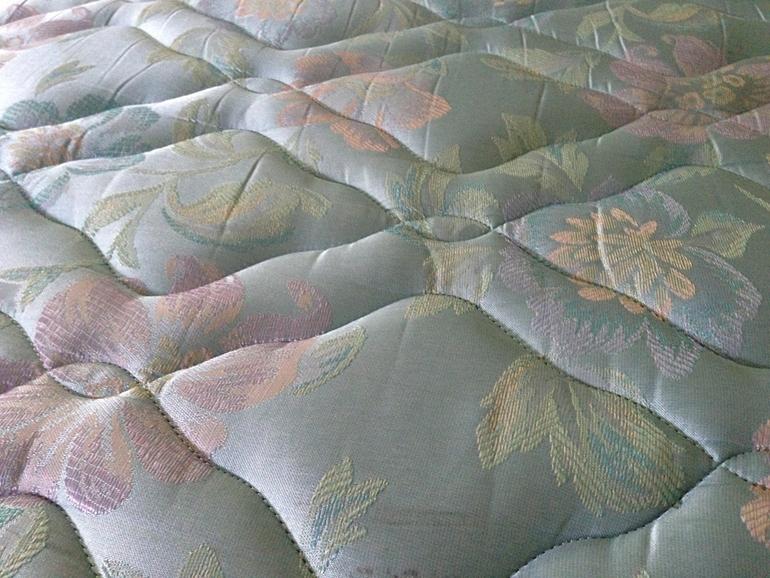 Jak dobrać materac do łóżka? Praktyczne wskazówki